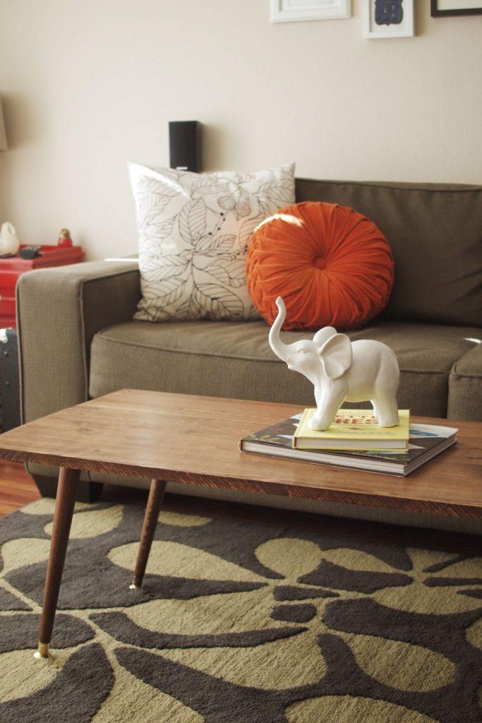 diy mid century modern coffee table jamie bartlett design. Black Bedroom Furniture Sets. Home Design Ideas